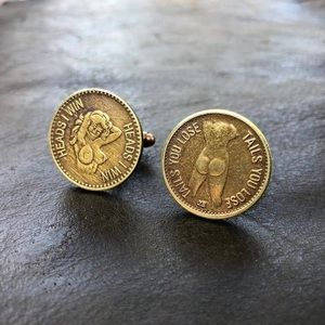 Heads or tail peep show coin cuff links